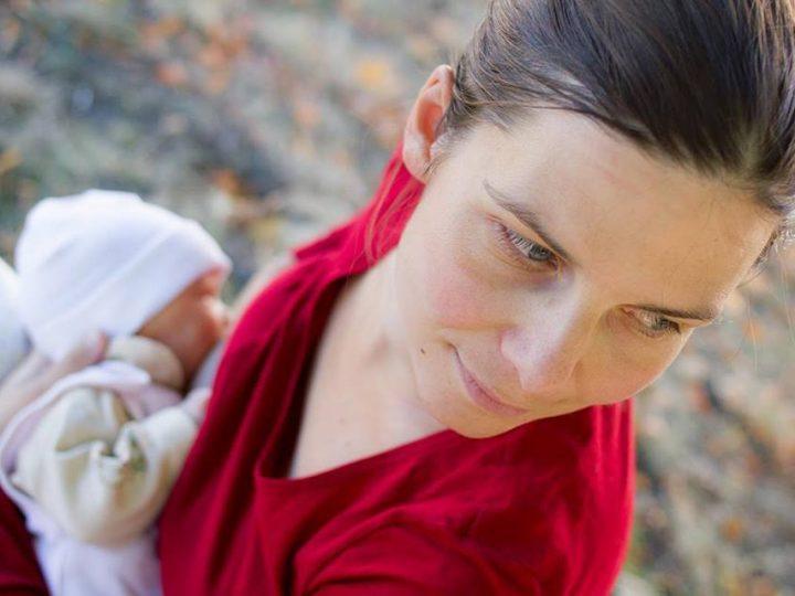 Ako riešiť dojčenie na verejnosti
